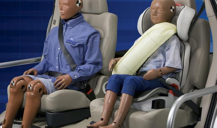 Ford: Gurt-Airbag für Fondpassagiere - mit Video-Vorführung 3