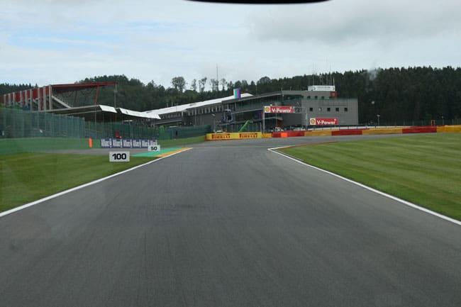 Rennkurs Spa - Streckenbegehung vor der Formel 1 6