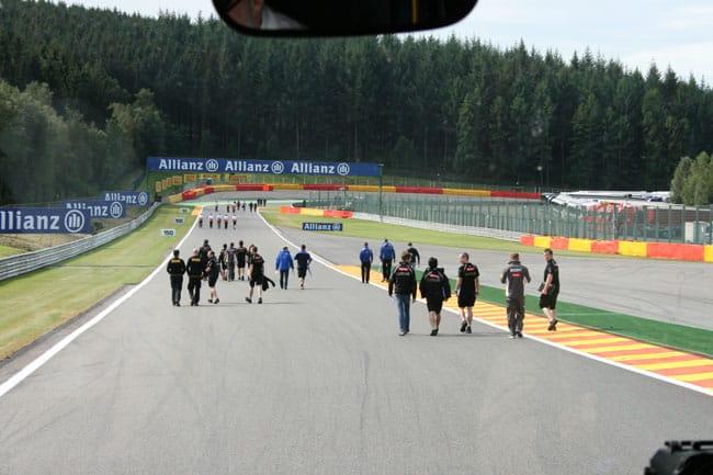 Rennkurs Spa - Streckenbegehung vor der Formel 1 16