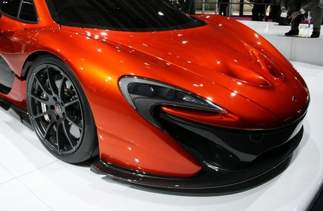 McLaren P1 auf der Paris Motorshow 12