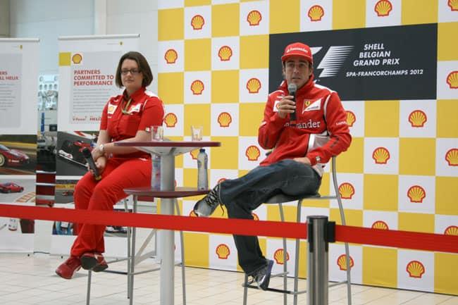 Fernando Alonso und Cara Tredget