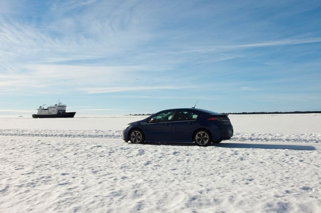 Opel Ampera Ice Road Drive