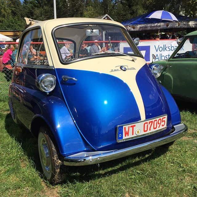 Die kleine Isetta - Autofoto 1